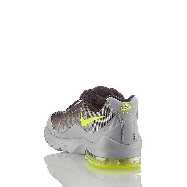 Reebok Classic Nike Air Max Invigor