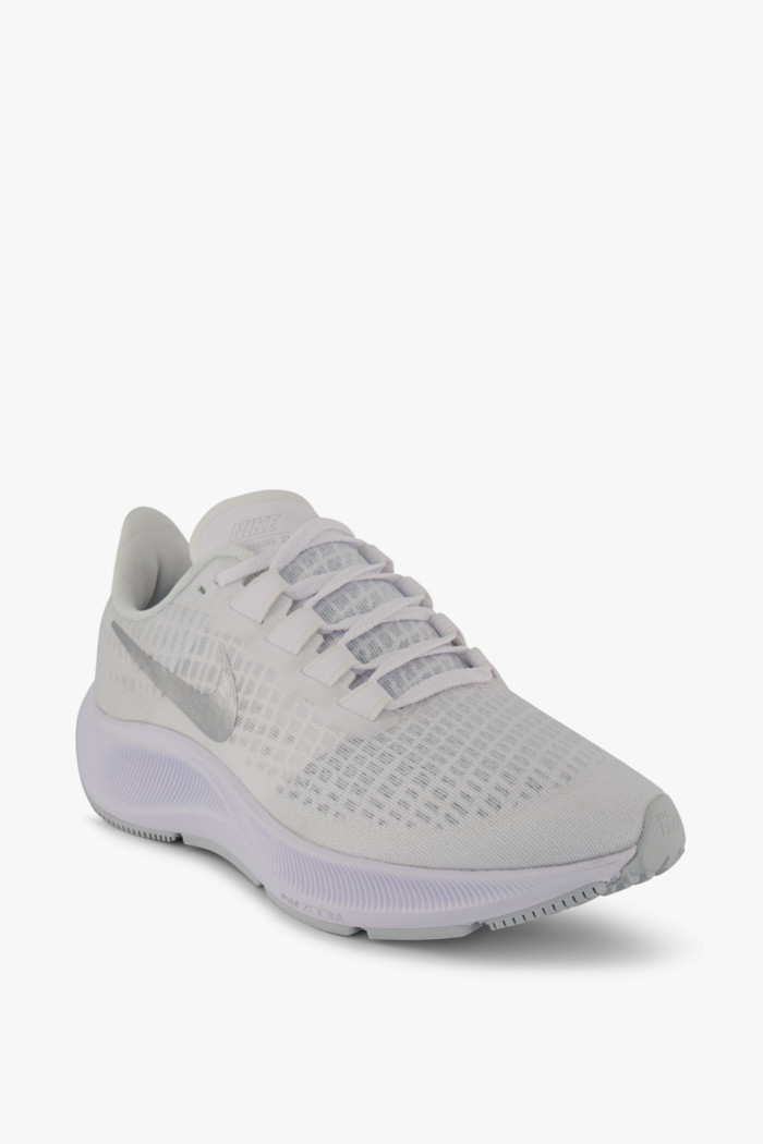 chaussure nike couleur femme