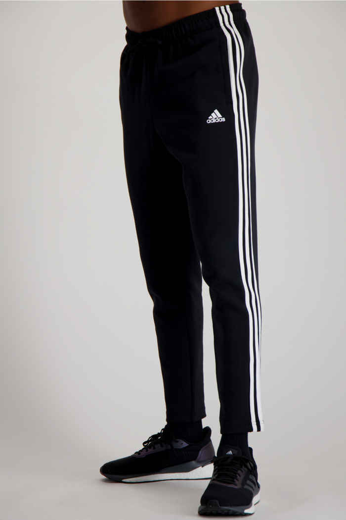adidas Performance Must Haves 3-Streifen Tapered Herren Trainerhose 1