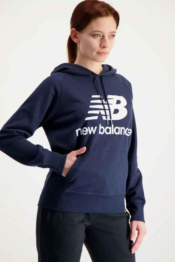New Balance Essentials Stacked Logo hoodie donna Colore Blu navy 1