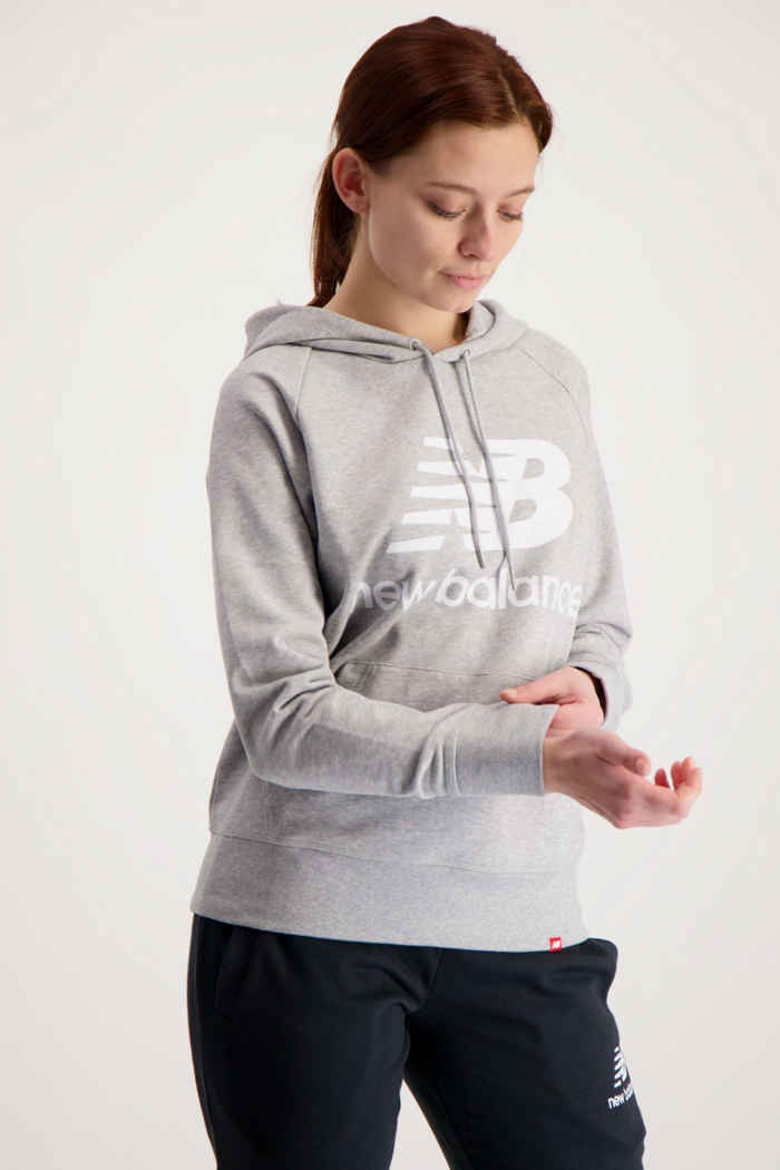 New Balance Essentials Stacked Logo hoodie femmes Couleur Gris 1