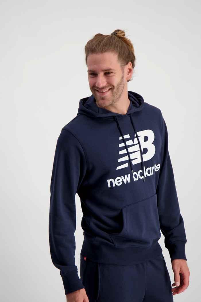 New Balance Essentials Stacked Logo hoodie uomo Colore Blu navy 1