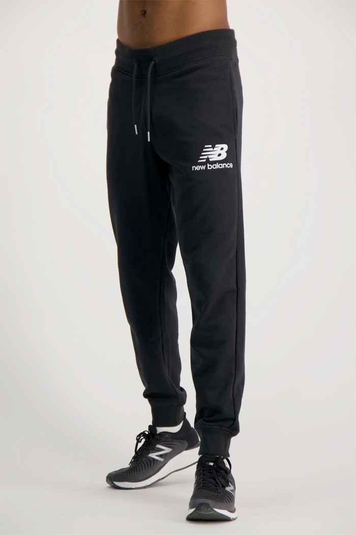 New Balance Essentials Stacked Logo pantaloni della tuta uomo 1