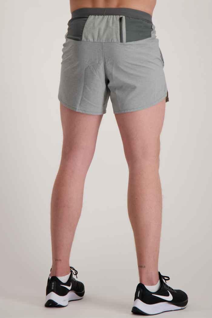 Nike Flex Stride 5 Inch Herren Short Farbe Grau 2