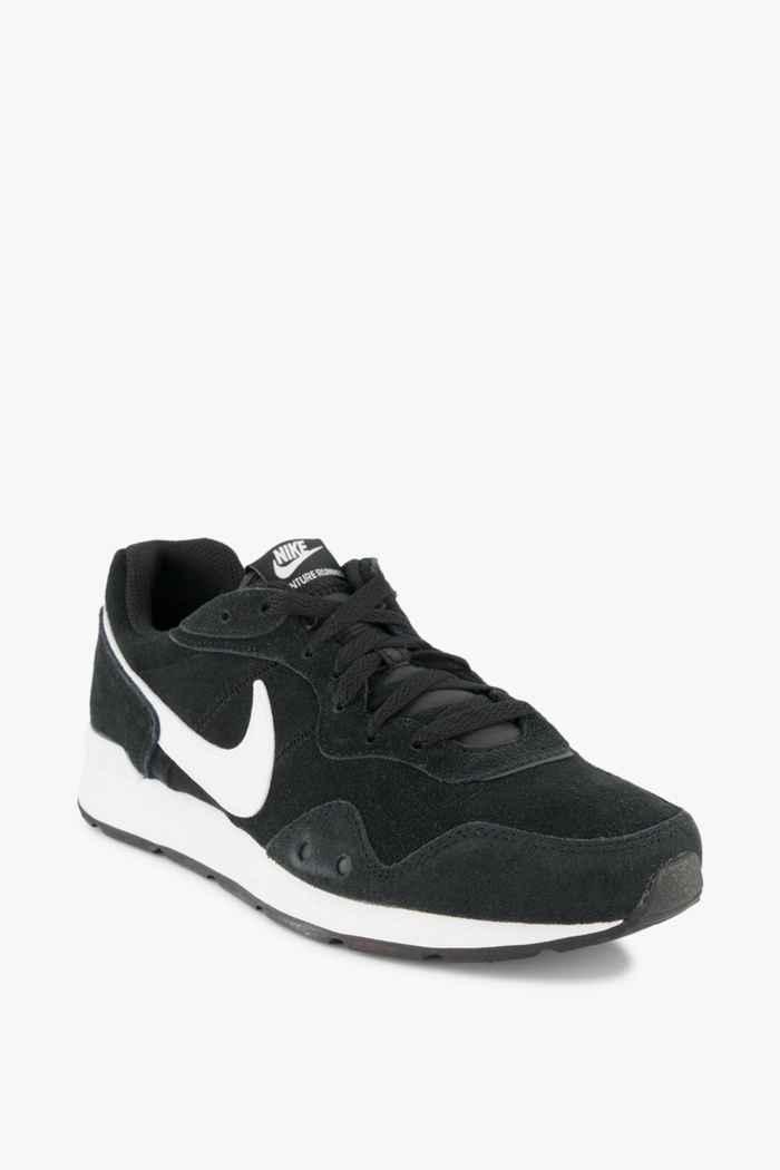Nike Sportswear Venture Runner sneaker uomo Colore Nero-bianco 1